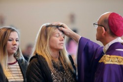 ASH WEDNESDAY—Bishop Rice celebrated the Noon Mass at O'Reilly Catholic Student Center in Springfield on Ash Wednesday, March 1, 2017. Photos of the liturgy may be found HERE. (Photos by Dean Curtis/The Mirror)