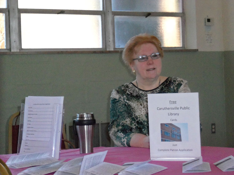 PUBLIC LIBRARY—Teresa Tidwell let people know of the free resources available through the Caruthersville Public Library.(The Mirror)