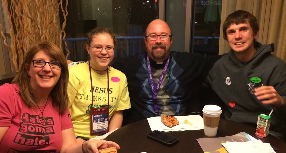 HUNGRY—Fr. Scott Sunnenberg, pastor, St. Joseph the Worker Parish, Ozark, took time out of the busy schedule at NCYC to grab a meal with friends. (Submitted photo)